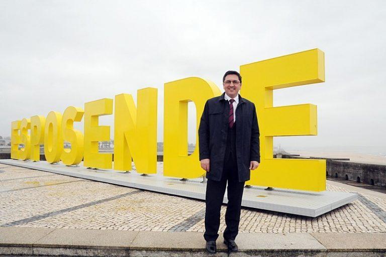 Benjamim Pereira acusado pelo Tribunal de Contas de favorecer construtor