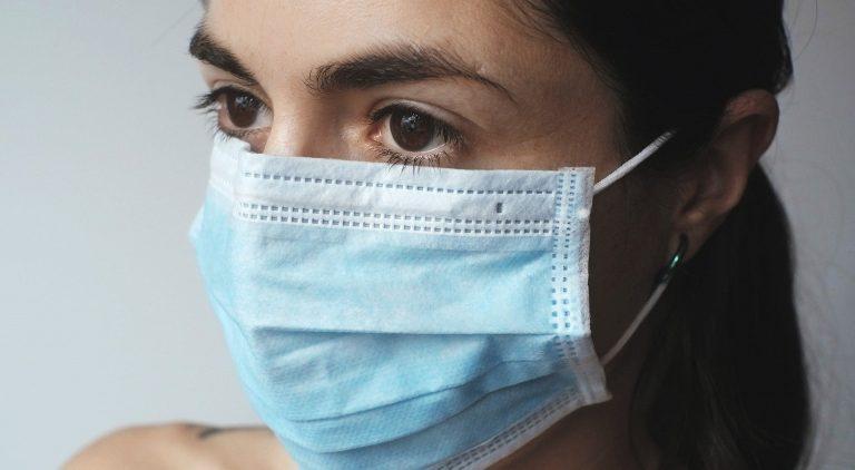 Utilização de máscara deixa de ser obrigatória na via pública em setembro