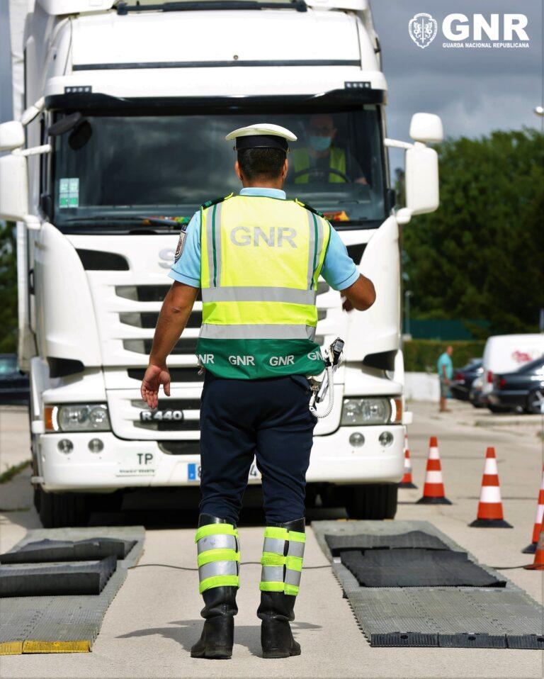 """GNR: Operação """"ECR Veículos Pesados"""""""