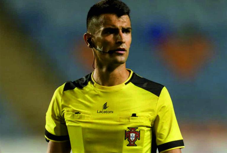 Árbitro barcelense Vítor Ferreira admite já estar habituado a estádios sem público