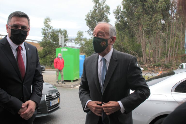 """Tito Evangelista lamenta que Marcelo Rebelo de Sousa aceite visitar Esposende """"ao estilo do Almirante Américo Tomás"""", excluindo a oposição"""