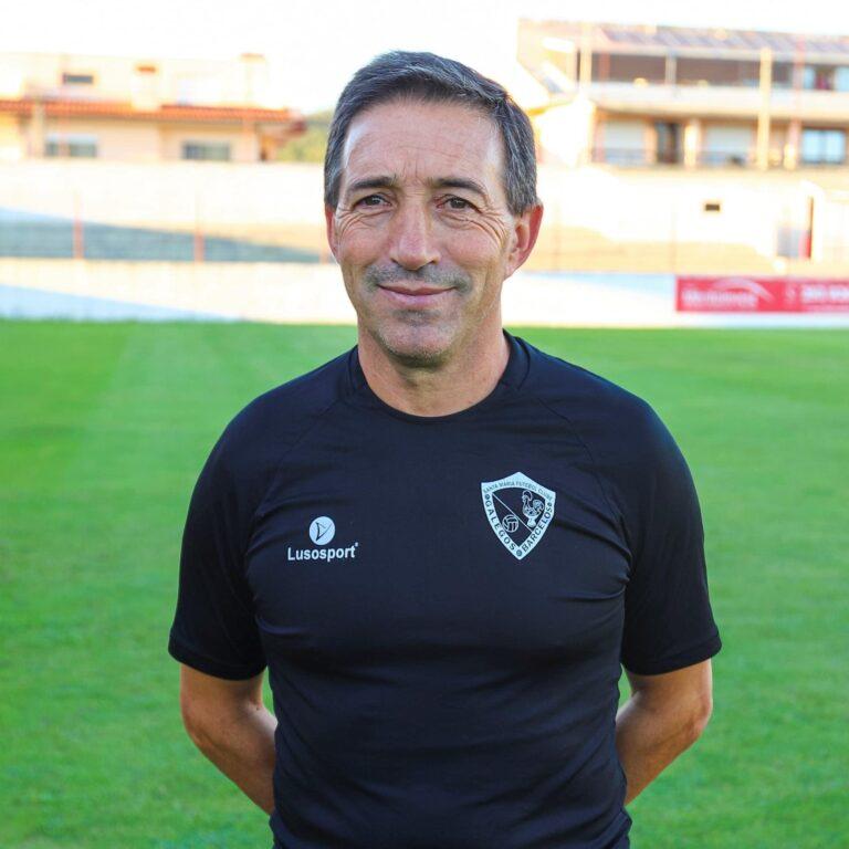 Santa Maria FC renova com João Salgueiro