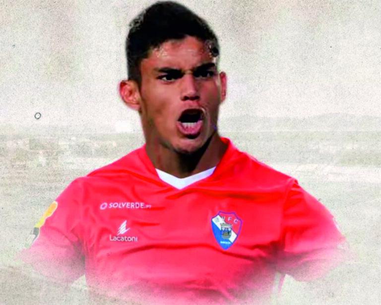 Avançado Juan Caleros é reforço do Gil Vicente
